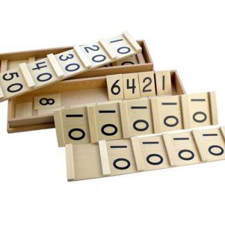 Una tabla dividida en dos partes, con diez espacios que tienen escritos el número diez nueve veces, el último espacio vacío