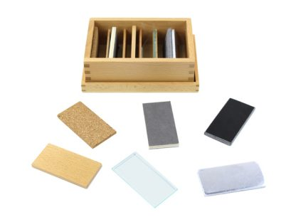 Tablillas térmicas en caja de madera - Material Montessori-vista frontal