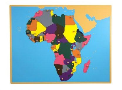 Mapa puzzle de madera que está compuesto por todos los paises que componen el continente africano.