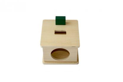 Caja con encaje de madera con prisma rectangular, Ayuda al niño a reconocer formas diferentes (Rectangular) - vista frontal