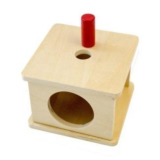 Caja con encaje de prisma cilíndrico de madera 1 MMM009