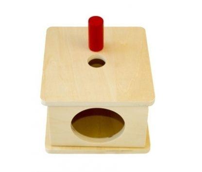 Caja con encaje de prisma cilíndrico de madera 3 MMM009
