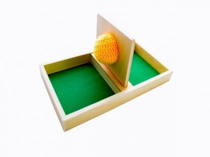 Bandeja de Permanencia de Madera con Pelota-Material Montessori-vista frontal